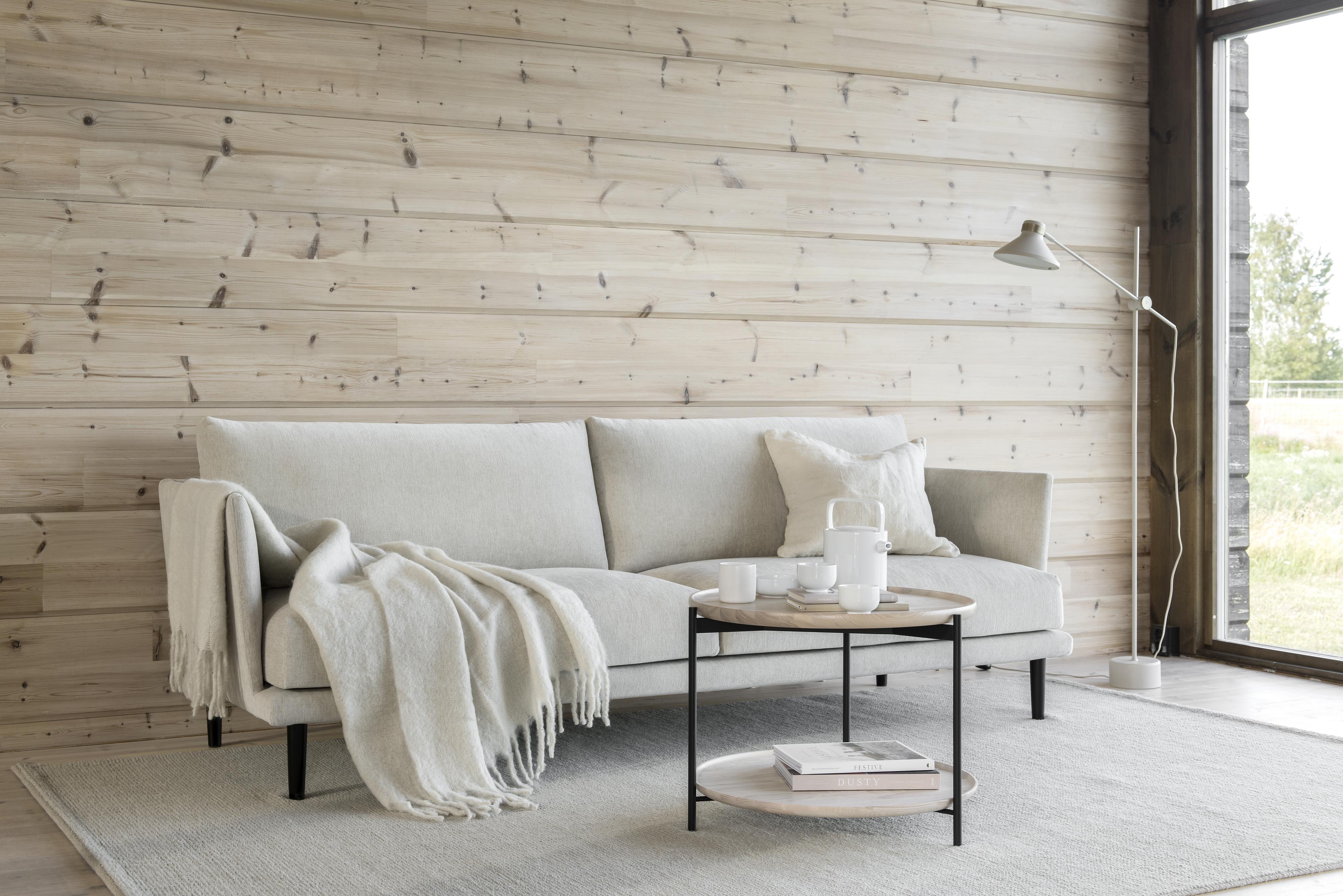 Suomessa valmistettu Shapes Leaf -sohva tuo upeaa tyyliä ja mukavuutta tilaan kuin tilaan.
